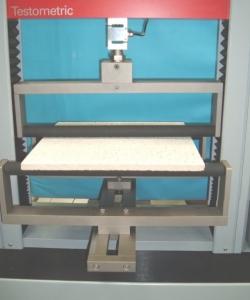دستگاه تست یونیورسال دو ستونه با ظرفیت 25kN 1