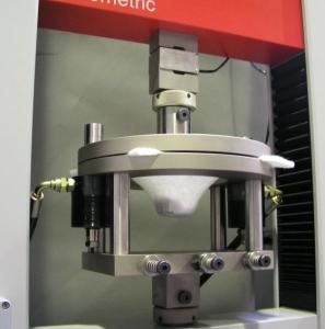 دستگاه تست یونیورسال دو ستونه با ظرفیت 50kN 4